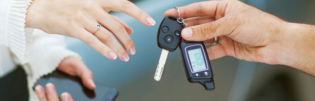 Locksmiths Over Dealerships For Car Key Replacement